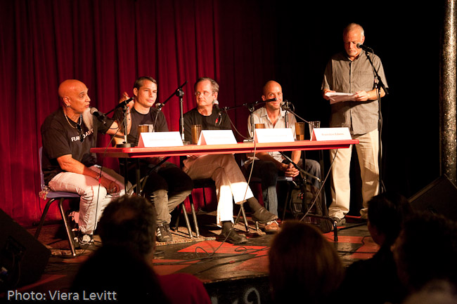 Action Speaks: Free Culture. Laurence Lessig, Shepard Fairey, Umberto Crenca, and Brandon Edens. 2010.