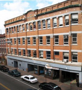 Photo of the Mercantile Block building pre-renovation